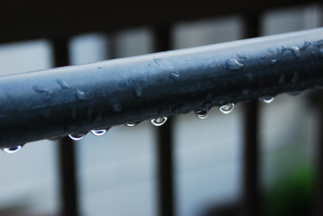 ベランダやバルコニーから雨漏りをする原因