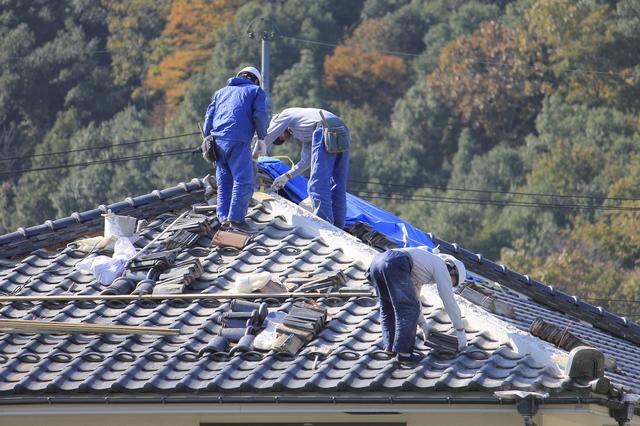 屋根の強風・台風対策って屋根材によって違うって、ホント?